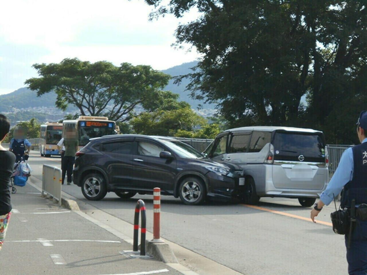 細河コミュニティーセンター 車同士の事故